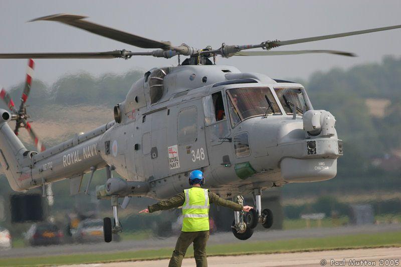 Royal Navy Lynx Helicopter Landing At RNAS Yeovilton IMG 9452