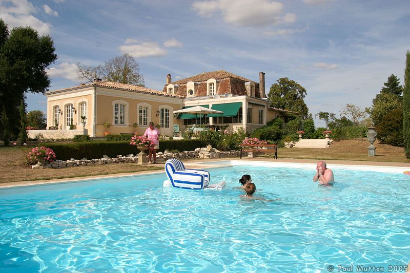 Photo Swimming Pool And House In France Img 7588